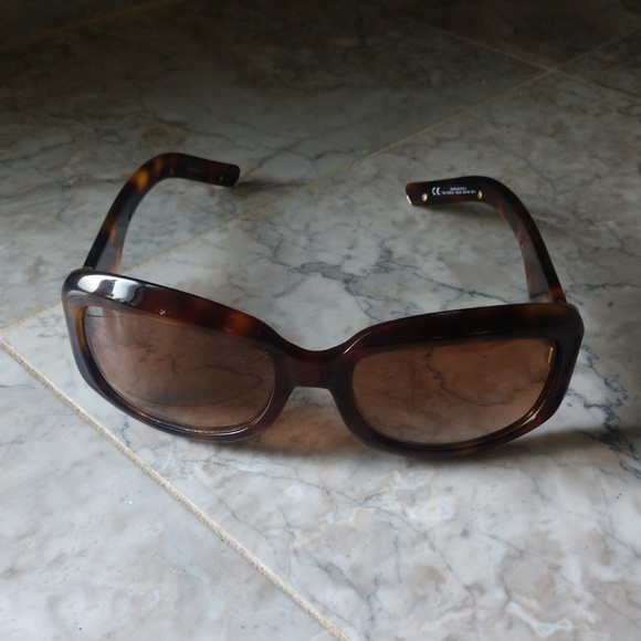 66f9b82ba Yves Saint Laurent Accessories | Sunglasses | Poshmark